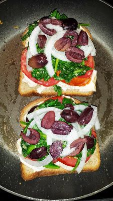 Meditteranean Grilled Cheese, Clean grilled Cheese, clean eating lunch recipes, healthy meals, P90x3 meal plan, T25 Meal plan, nutrition, feta cheese, kalamata olives, weight loss tips, health and fitness coach