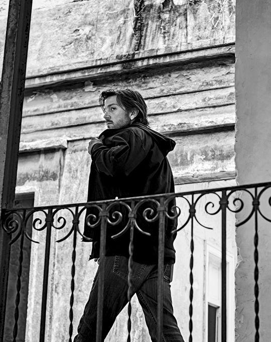Diego Luna photographed by Patrik Giardino
