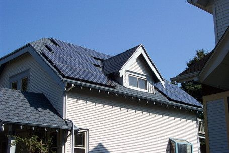 Lobbying efforts attempt to fool public into thinking residential #solar panels will cost everyone more. http://ecosalon.com/dirty-tactics-try-to-block-residential-solar-panels/ #energy #renewable