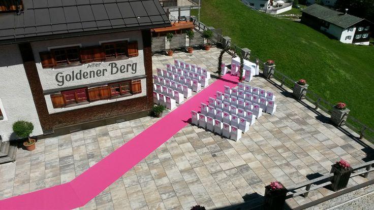 Der Alte Goldene Berg ist die ideale Location für Ihre #Traumhochzeit. Im Sommer genau so wie im Winter! #hochzeit #wedding #lech #arlberg