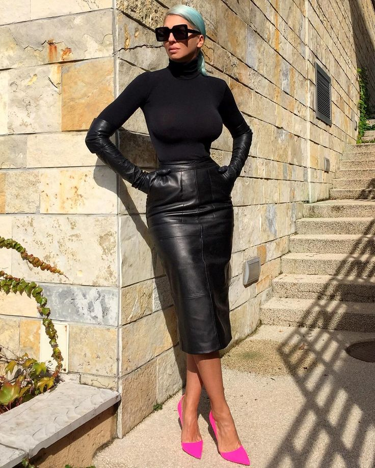"""Love this @happystorebelgrade leather skirt!"" - Jelena Karleusa @karleusastar"