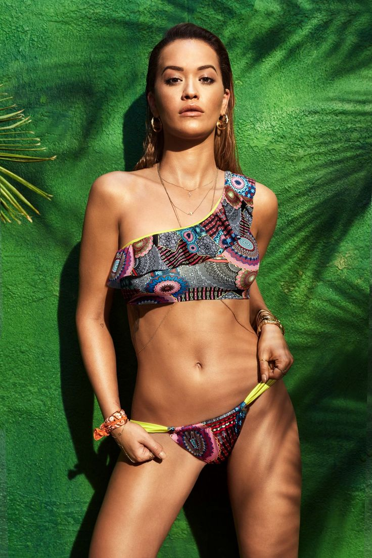 RITA ORA for Tezenis Beachwear 2017