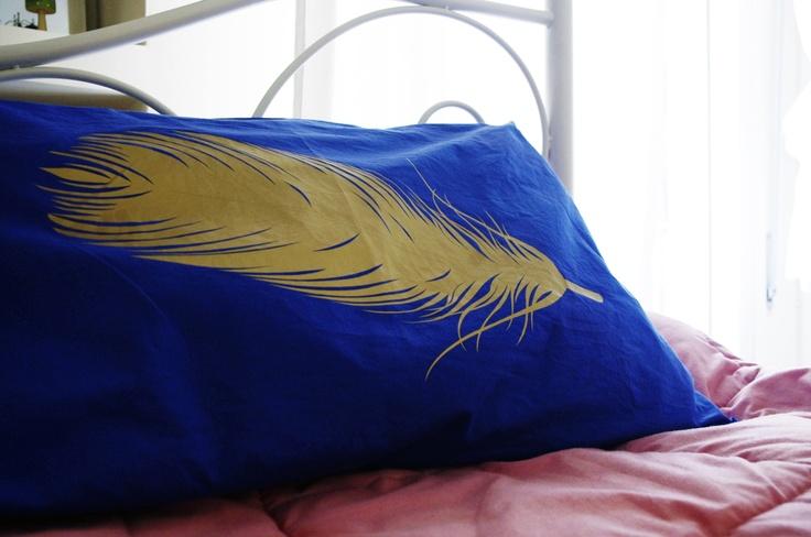 Cotton Royal Blue Sleeping Pillow Design : Gold Feather