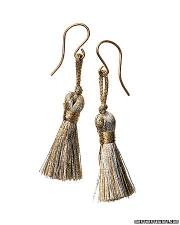 DIY Tassel Earrings #DIY #jewelryBp103410 1107 Earringsilo Jpg, Crafts Ideas, Tassels Earrings, Diy Tassels, Martha Stewart, Handmade Gift, Stockings Stuffers, Christmas Gift, Earrings Howto