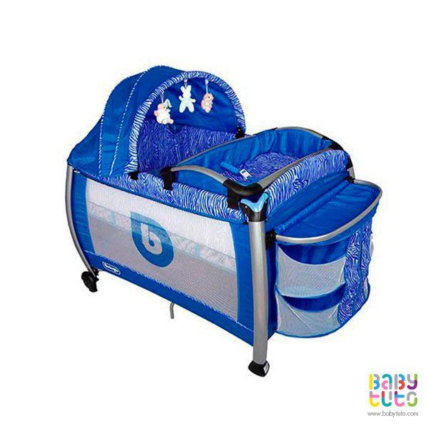 Cuna Pack & Play con mudador y bandeja frontal azul, $139.990 (precio referencial). Marca Bebegló: http://bit.ly/1Li6397