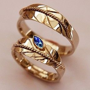 """""""That Our Lives Are Truly Can ': bicolor gold rings with the eagle feather is put ladies ring with a blue sapphire"""