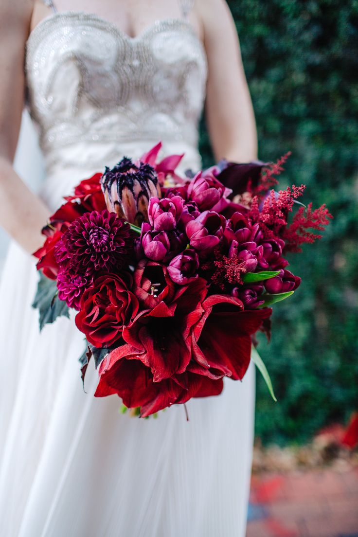 Modern And Glamorous Bridal Bouquet Of Red Amaryllis Burgundy Mini Calla Lily Black Parrot Tulips B Tulip Bridal Bouquet Amaryllis Wedding Bouquet Amaryllis