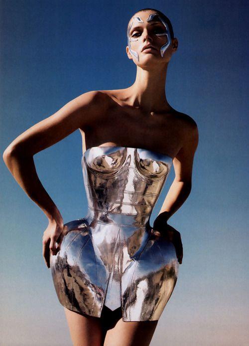 via StyleSaint #metallic #silver #futuristic