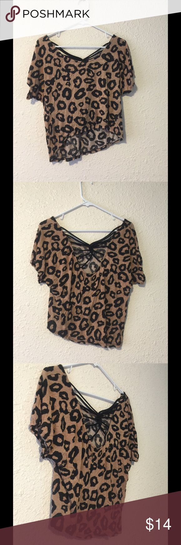 Super Cute cheetah print sparkly crop top✨ Slightly longer in back then front, brand is Julie's closet Tops Crop Tops