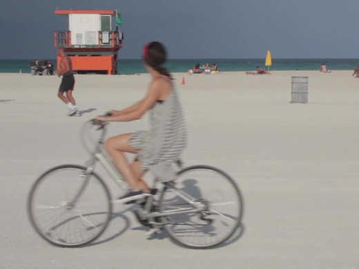 Sonia Gil discovers the world of South Beach on a bicycle cruiser rental. Watch on uLive