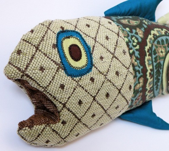 Free Crochet Fish Pillow Pattern : 17 Best images about Fish Pillows on Pinterest Starfish ...