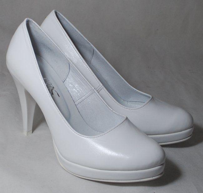 Kolor biały lub ecru
