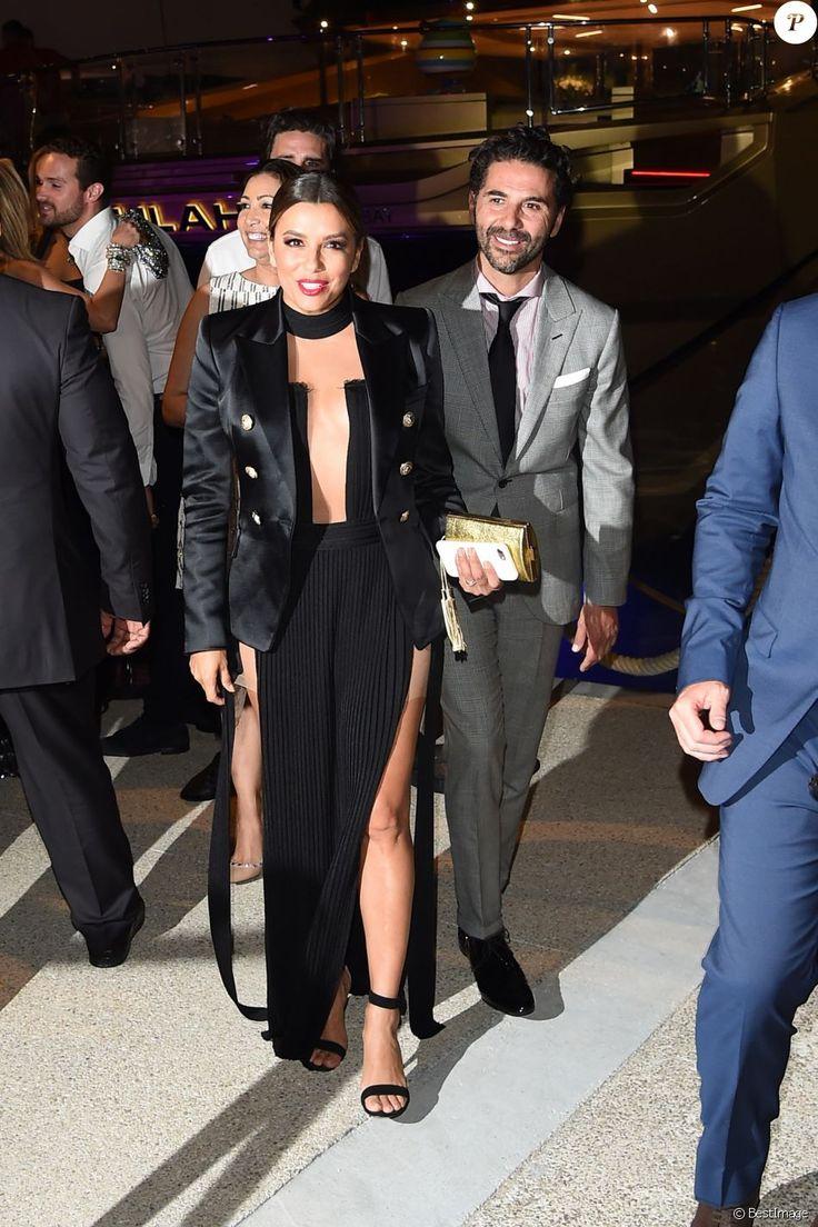 Eva Longoria et son mari José Antonio Baston à la soirée Persol sur le yacht Serenity lors du 70ème Festival International du film de Cannes, le 24 mai 2017