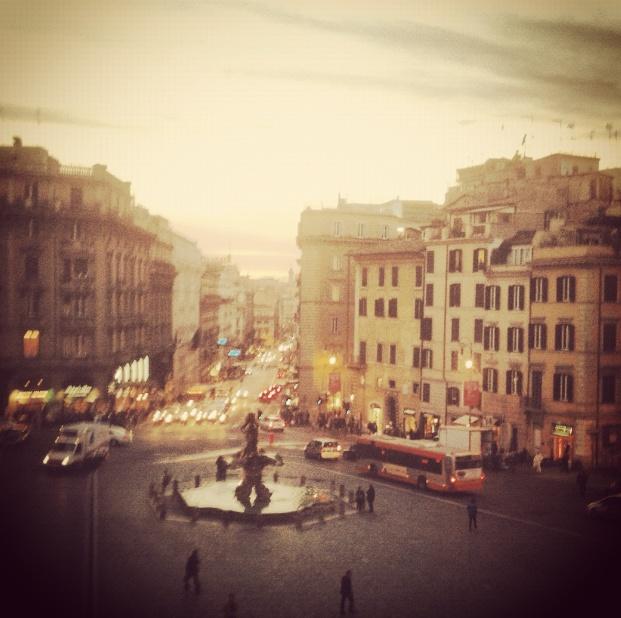 Siamo nel centro di #Roma.