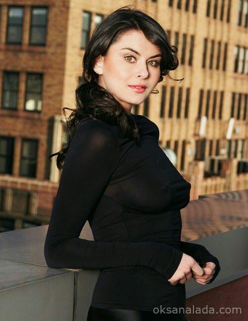Leslie Bega