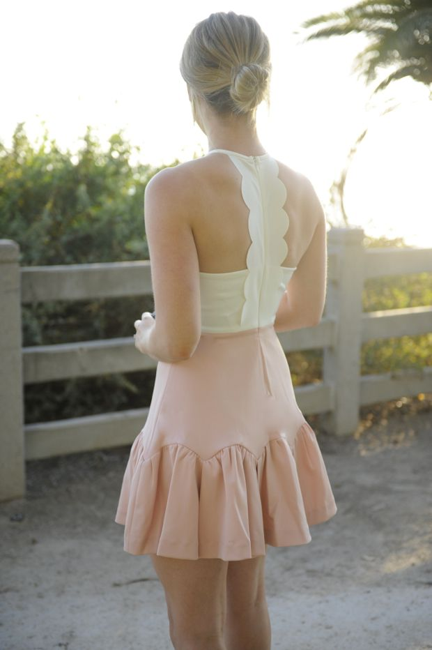 pretty dress, love the backPretty Dresses, Summer Dresses, Style, Black Swan, Cupcakes Toppers, Girls Fashion, Fashion Inspiration, Cupcakes And Cashmere, Girly Girl