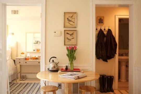Kicsi lakás két hálóval - Nok Lapja Cafe