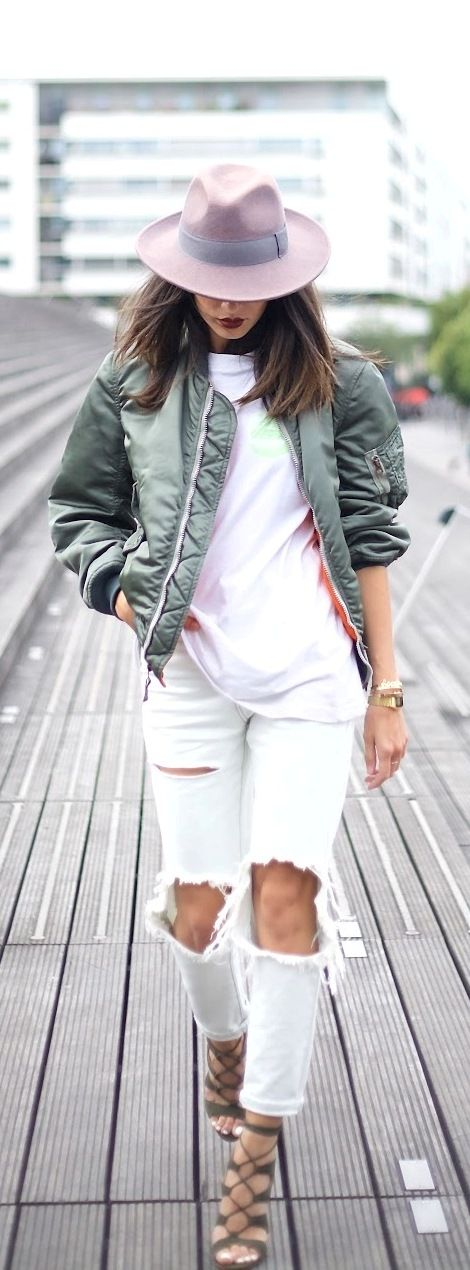 Fedora hat bomber jacket fall outfit: