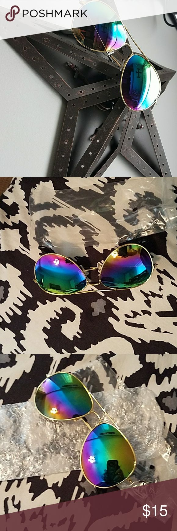 NIP anti uv sunglasses Gold framed aviator sunglasses with gorgeous rainbow lenses. Accessories Glasses