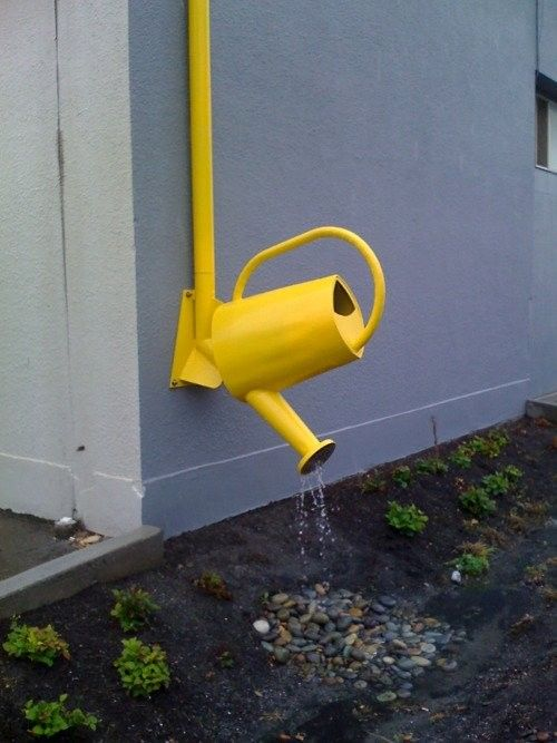 Downpipe + Watering Can: Plants Can, Rain Gardens, Cute Ideas, Rain Chains, Downspout Ideas, Gardens Art, Water Cans, Great Ideas, Cans Art