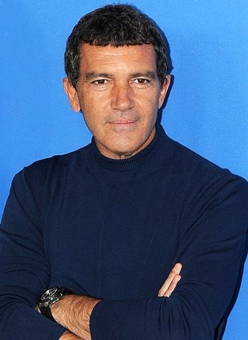 Antonio Banderas to be seen starring in film based on 33 Chilean miners!