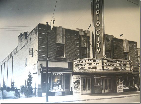 photos of old movie houses | The Radio City Theatre at 1454 Bathurst streets c. 1942 . (Photo from ...