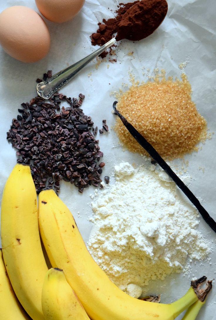Bananenbrot mit Kakaonibs//banana bread with cacao nibs