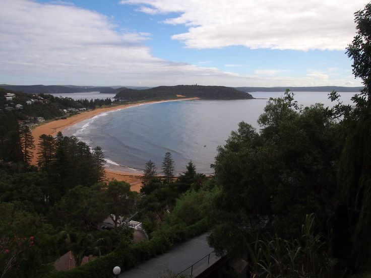 Sydney Train Walks - From Palm Beach via Northern Beaches to Narrabeen