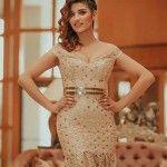 Hiba Talmoudi, Miss Tunisie en 2013, présente depuis le 1er Ramadan la météo sur la chaîne nationale Al Wataniya 1. Jeudi soir, elle n'a pas déçu ceux qui lui ont confié cette tâche. Beaucoup de téléspectateurs ont applaudi l'initiative, D'autres étaient moins convaincus par sa performance. Certains l'ont malheureusement bombardée de critiques de tous genres, [...]