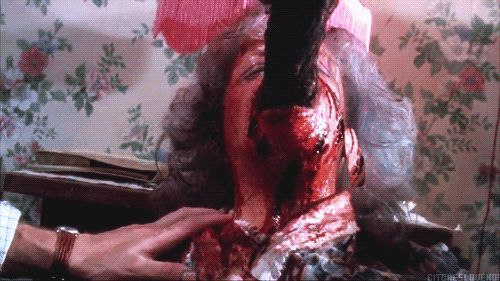 <p>Animated gifs from horror movies.  Be sure to check this out right before you go to bed!</p>