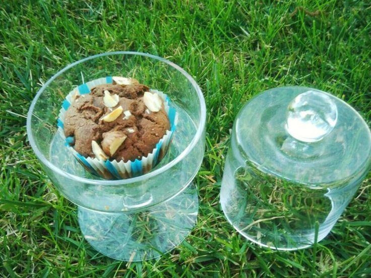 Muffin vegani al cioccolato e nocciole, ottima proposta dolce al posto di una torta e un buon compromesso per la linea!