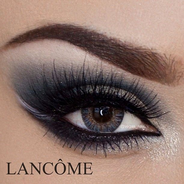 Night Out Smokey Eye using ✨@Lancome USA✨ Lancôme Color Design Eye Brightening ALL-IN-ONE 5 Shadow & Liner Palette in 'Sparkling Intoxication' #505. Perfect Palette with shimmering Silver and Gold shadows with cool dark blues. Highlight is a beautiful bright rose champaign.  @vegas_nay