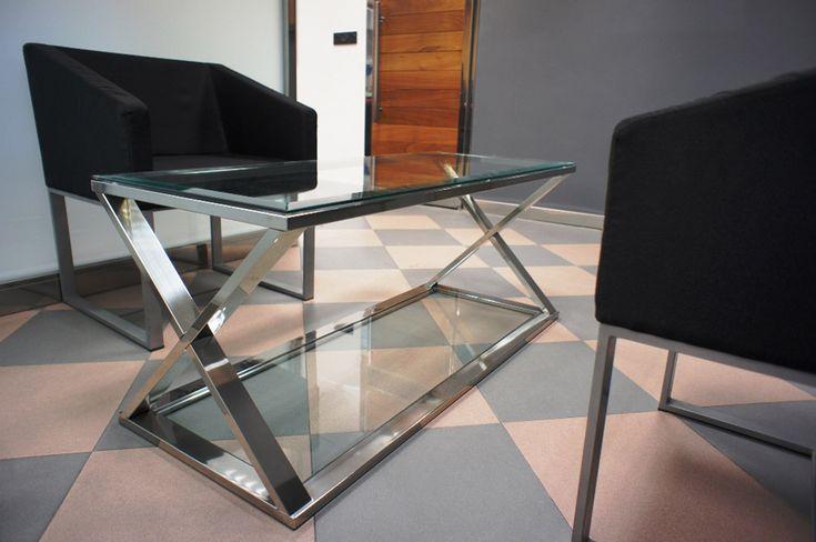 Mesa en acero inoxidable en tubo. #mesa  #aceroinoxidable #inoxidable #decoracion #valladolid #decoraciondeinteriores
