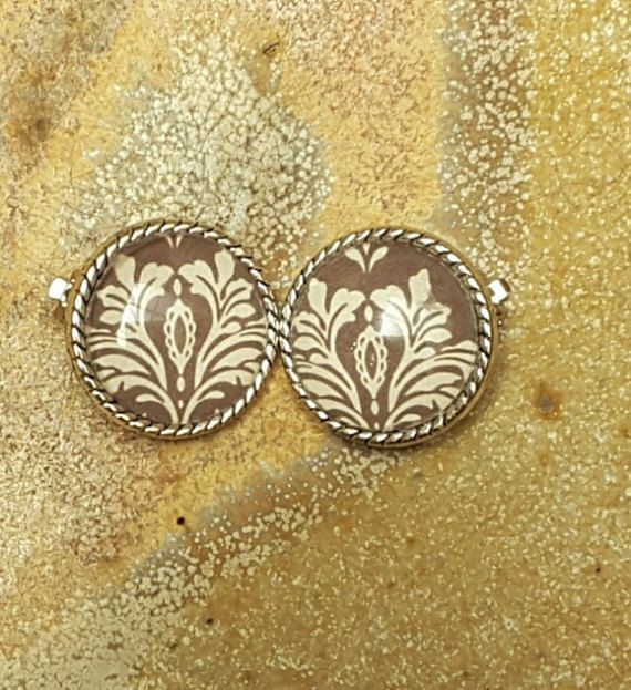 Hey, I found this really awesome Etsy listing at https://www.etsy.com/au/listing/511879197/brown-clip-on-earrings-non-pierced