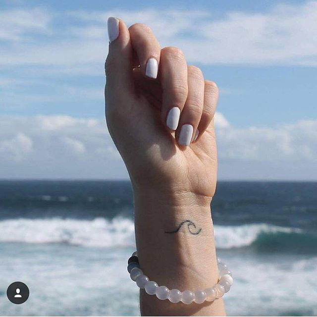 This is the wave I want on my finger!