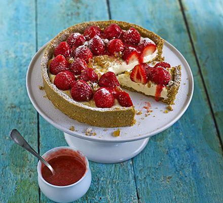 Strawberry & peanut crunch pie