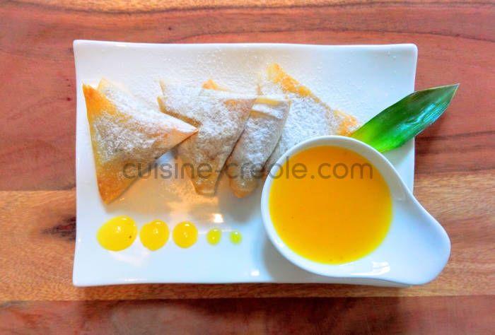 samoussa-ananas-vanille-coulis-mangue-cuisine-creole-1