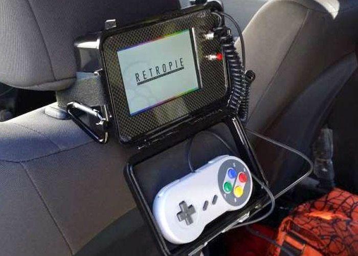Raspberry Pi - Retro-Spielkonsole fürs Auto selbst gebastelt