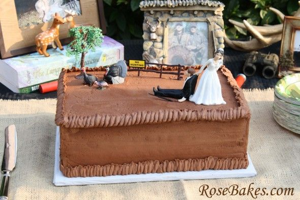 Turkey Hunter Groom's Cake plus my Strawberry Cake Recipe!  Click over for all the details.