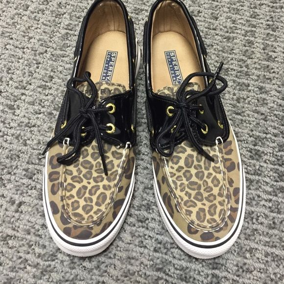 Cheetah Sperrys Cheetah Sperrys, size 7 Woman's. Only wore a few times! Make an offer! Sperry Top-Sider Shoes Flats & Loafers