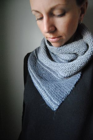 S E R R A T E - Cowl design by Lisa Mutch -   A lightweight garter stitch cowl, perfect for in between season weather. Contrast stripes and a sharp, angular point make this cowl unique and modern. http://www.ravelry.com/patterns/library/serrate