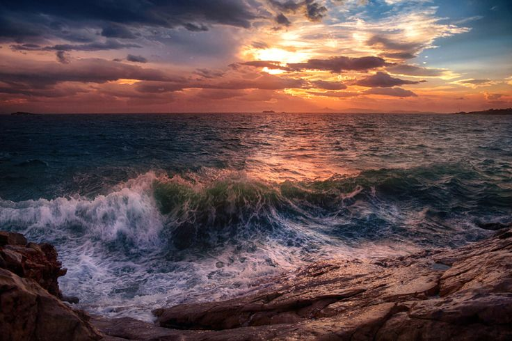 Waves in sunset.. by Makis Bitos - Photo 140593391 - 500px