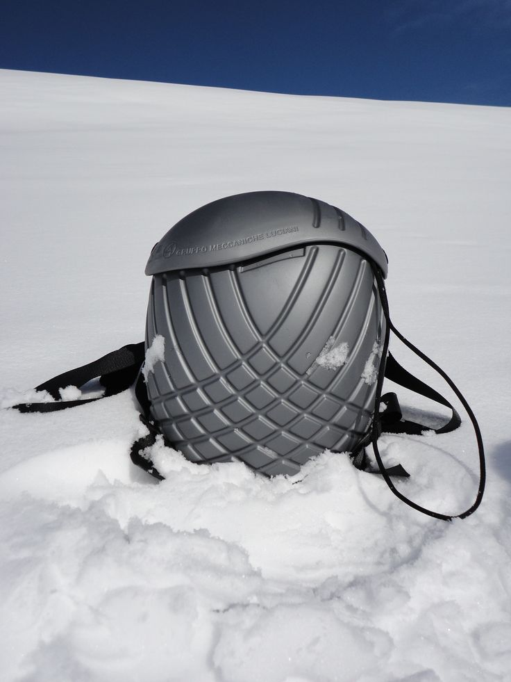 Ladybird on ice! #snow #zaino #backpack