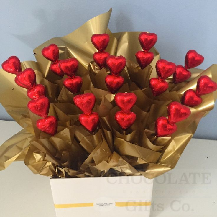 Red Romance Box. An arrangement of 30 Australian made quality Chocolate that will not disappoint. This box of red and gold love will steal the heart of your loved one. Whether it be a friend, girlfriend, boyfriend or family member show them what they mean to you. The perfect chocolate gift!