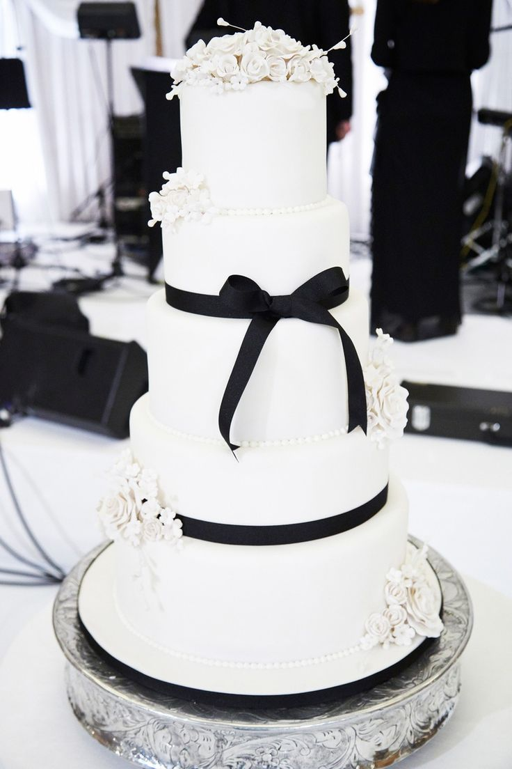 black and white wedding cake images 43 best flower power images on flower power 11844