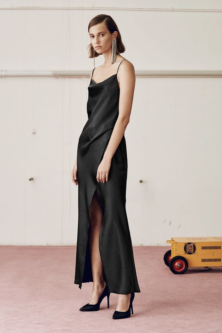 Camilla and Marc Spring 2017 Ready-to-Wear Collection Photos - Vogue