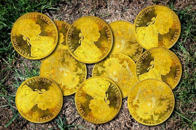 Kdo by si nepřál objevit zlatý poklad v hodnotě čtvrt milionu korun? :) #zlatemince #poklad #dukaty #frantisekjosef