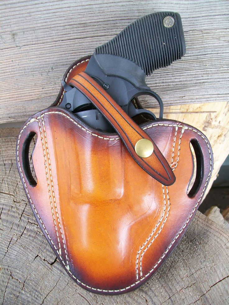 Pancake holster for Taurus Judge revolver made at Boulder Creek Saddle Shop, kettle Falls, WA.
