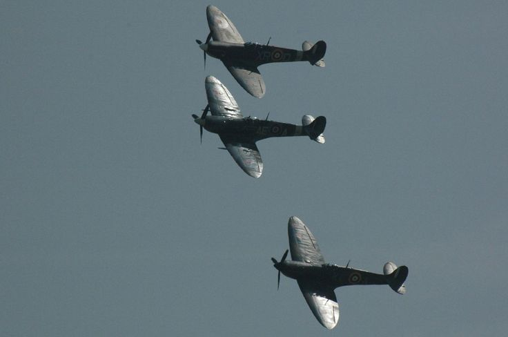 Duxford flying legends. the world famous airshow.