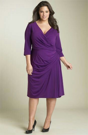 Dresses for Women Over 50 with a Stomach | Best Brands for Apple Shapes